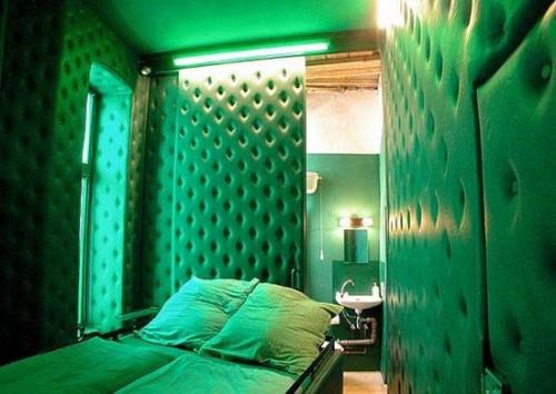 propeller island city lodge de berlin at. Black Bedroom Furniture Sets. Home Design Ideas